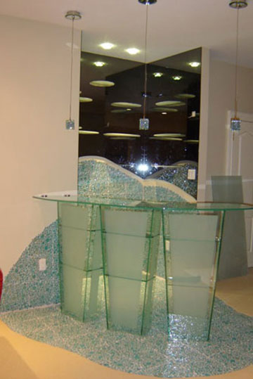 small-display-glass-bar-by-clearview-kitchen-brampton