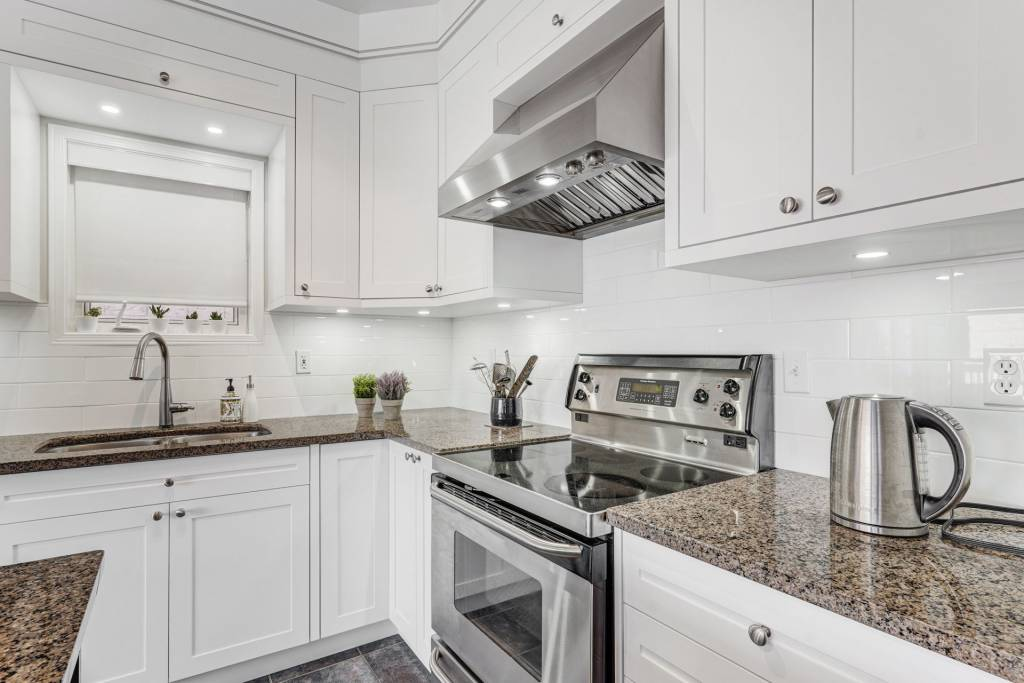 custom kitchen design toronto by clearview kitchens