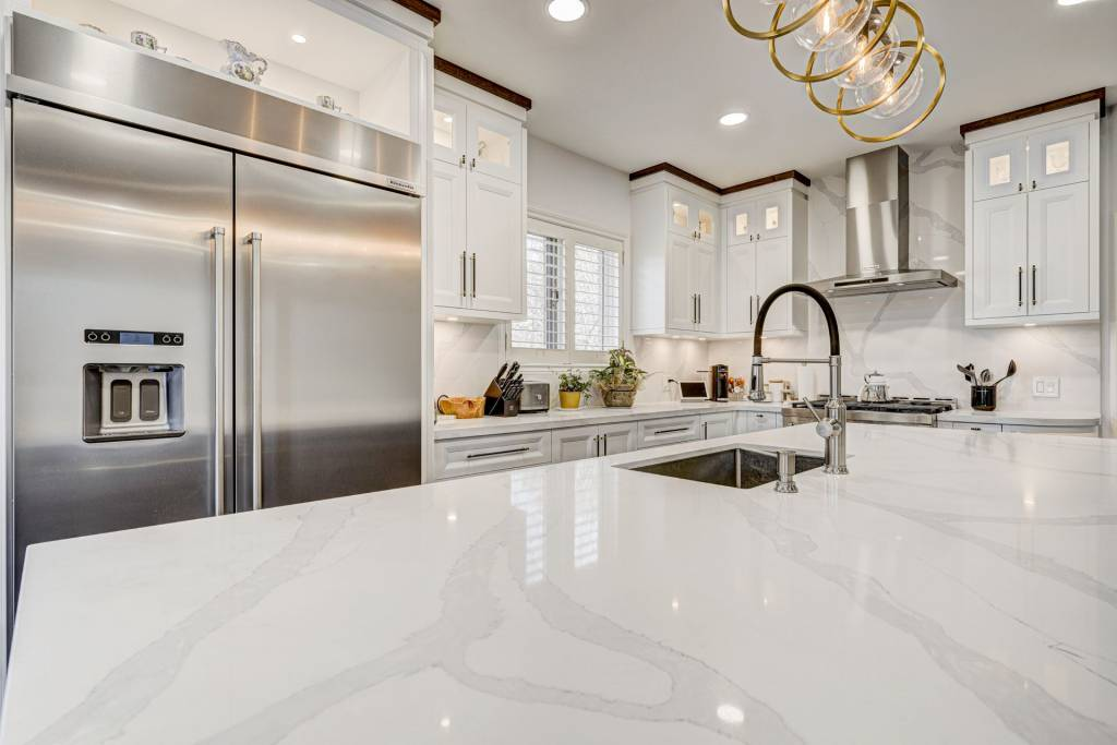 amazing marble counter top in custom kitchen - kitchen countertops