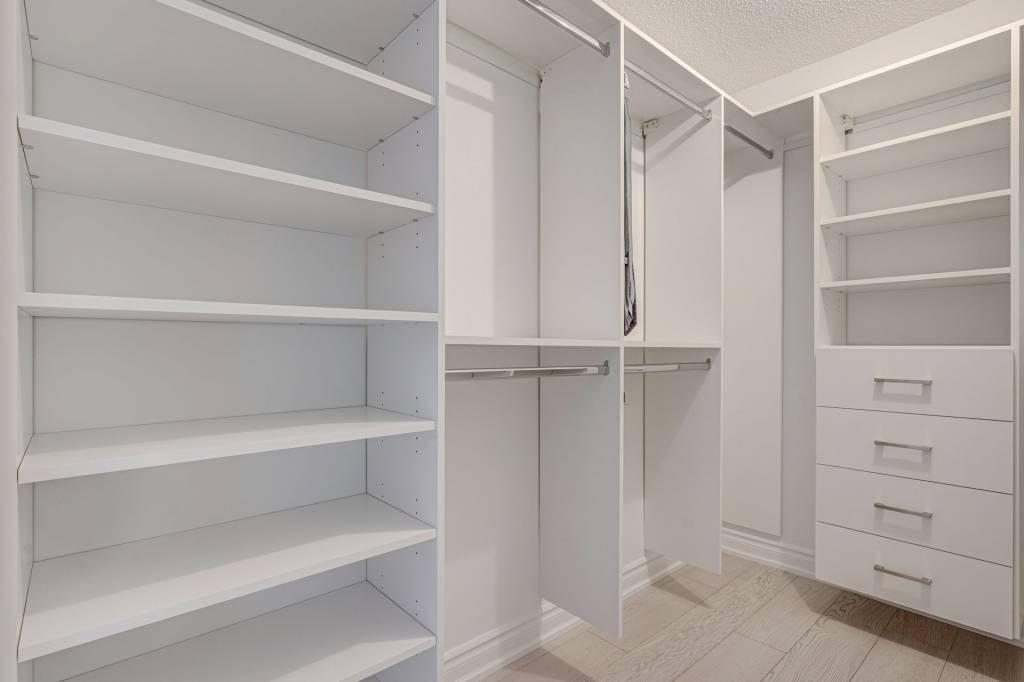 custom shelves in walk in closets