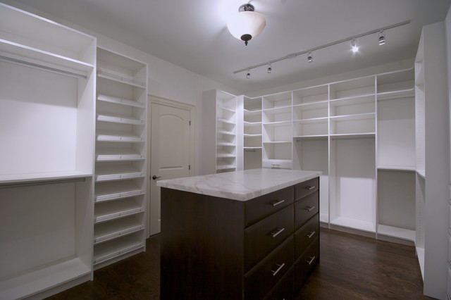 Walk in Closet by Clearview Kitchens Markham