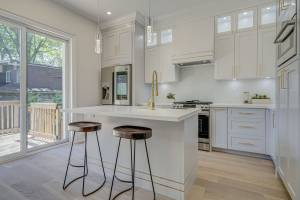 Amazing Kitchen Installation by Clearview Kitchens Toronto