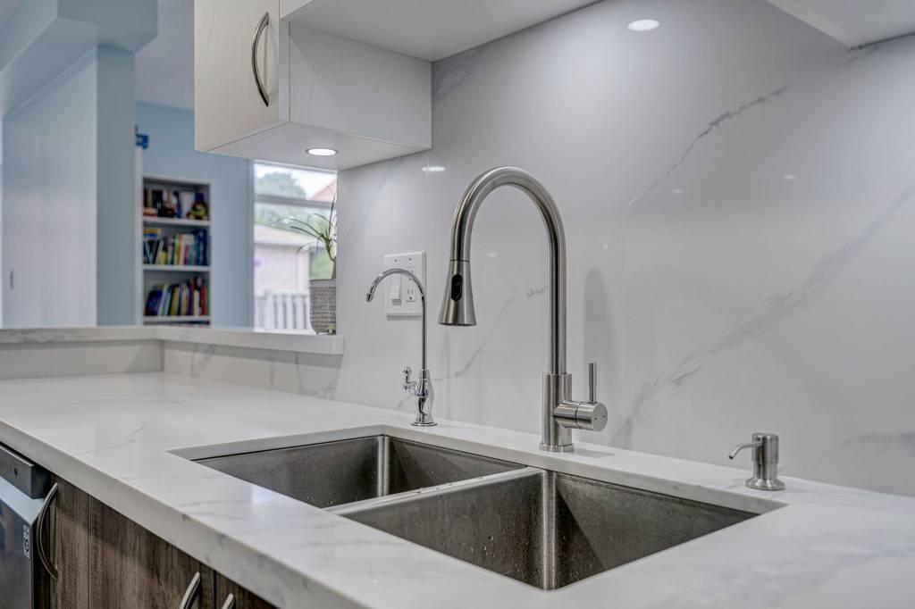 kitchen renovation companies toronto