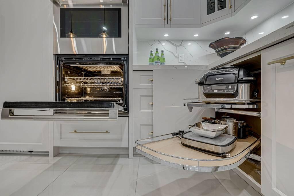 Custom Kitchen Cabinets Scarborough